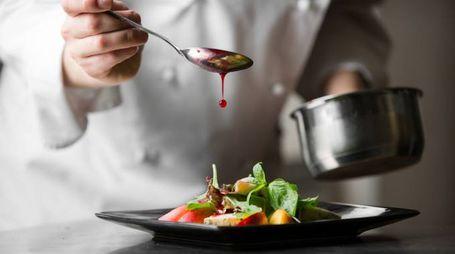 """Le """"finte"""" allergie causano problemi ai ristoranti - Foto: KuzminSemen/iStock"""