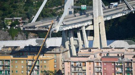 Genova, il ponte Morandi crollato (Ansa)