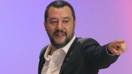 Il leader leghista, ministro e vicepremier Matteo Salvini (Ansa)