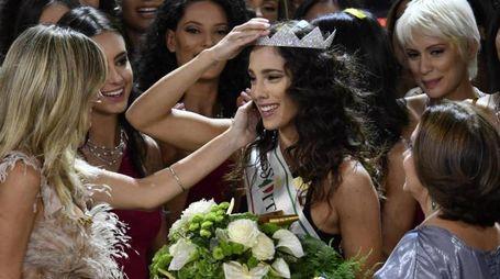 Carlotta Maggiorana vince Miss Italia 2018 (Ansa)