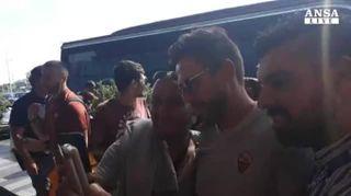 """Champions: tifosi Roma a Fiumicino, """"mister, annamo a vince"""""""