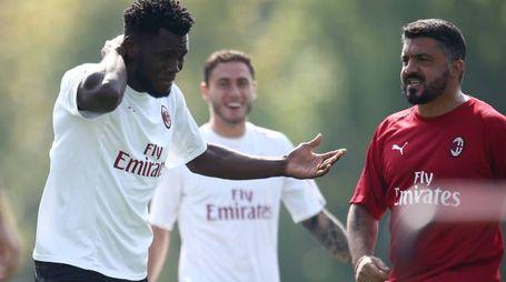 Il Milan in allenamento prima della trasferta di Europa League