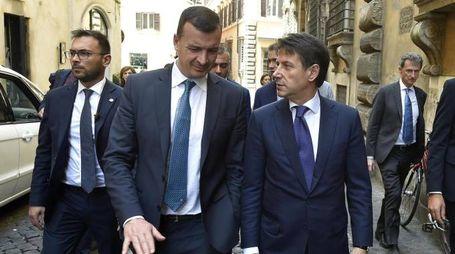 Rocco Casalino e il premier Giuseppe Conte (Ansa)