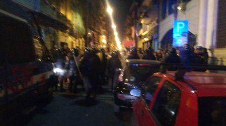 Tensione e  aggressioni al termine del corteo contro il leader leghista a Bari (Dire)