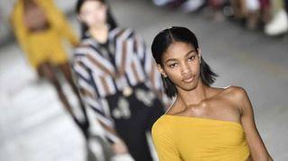 Moda: Roberto Cavalli, donna è sensuale e atletica