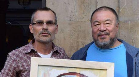 Vaclav Pisvejc con Hai Weiwei