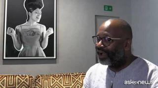 Theaster Gates, l'identità afroamericana nelle foto delle riviste