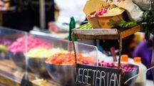La dieta vegetariana abbassa il consumo di acqua - foto coldsnowstorm istock