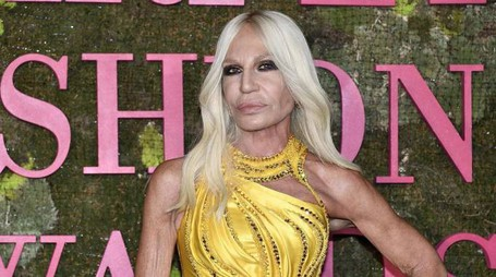 Donatella Versace al Green Carpet Fashion Awards (Ansa)