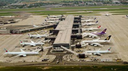 Un terminal dell'aeroporto di Londra-Heathrow – Foto: AmandaLewis / iStock