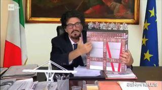 Crozza/Toninelli: svela progetto per il ponte di Genova