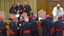 Il Papa con i cardinali al Sinodo sui giovani