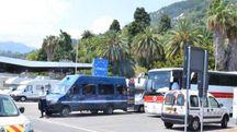 Il confine fra Italia e Francia a Ventimiglia in un'immagine d'archivio (Ansa)