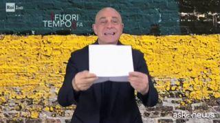 Pungete ironia di Crozza sul caso Riace e Salvini