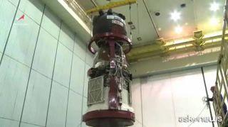 Spazio, passeggiata spaziale per controllare il buco sulla Soyuz