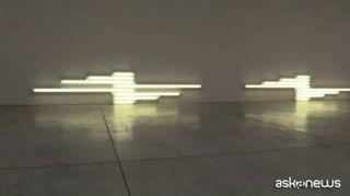 Le evidenze di Dan Flavin: i leggendari neon da Cardi a Milano