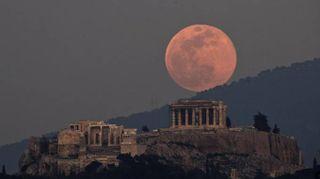 Superluna, da Roma alla Siria. Lo show nei cieli