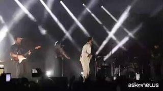 """Marco Mengoni live con """"Fuori Atlantico Tour"""", ad emissioni zero"""