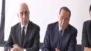 """""""Italiani e senza tatuaggi"""", Berlusconi detta le regole per i calciatori del Monza"""