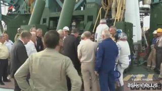 Spazio, Luca Parmitano sale sulla Soyuz: tra poche ore sulla Iss