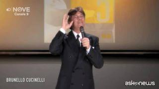 Maurizio Crozza è Brunello Cucinelli che dice no a PD - M5S