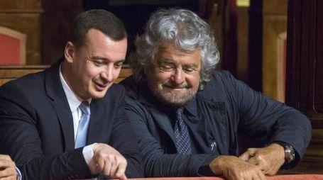 Rocco Casalino con Beppe Grillo (LaPresse)