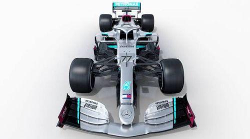 F1, svelata la nuova Mercedes: è la W11. Le foto