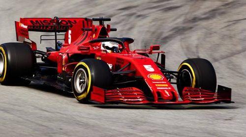 Test F1 2020 Barcellona, Vettel (Ferrari) il più veloce. Hamilton rompe e si ferma