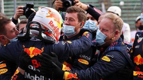 F1 Gp Imola 2021: trionfa Verstappen. Ferrari giù dal podio. Classifica e risultati